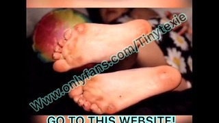 Small Texie Foot Playing Hot