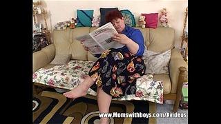 Bbw Mom Fucks The Cable Male
